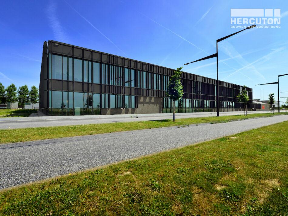 Bedrijfspand Hikvision in Hoofddorp gebouwd door Hercuton