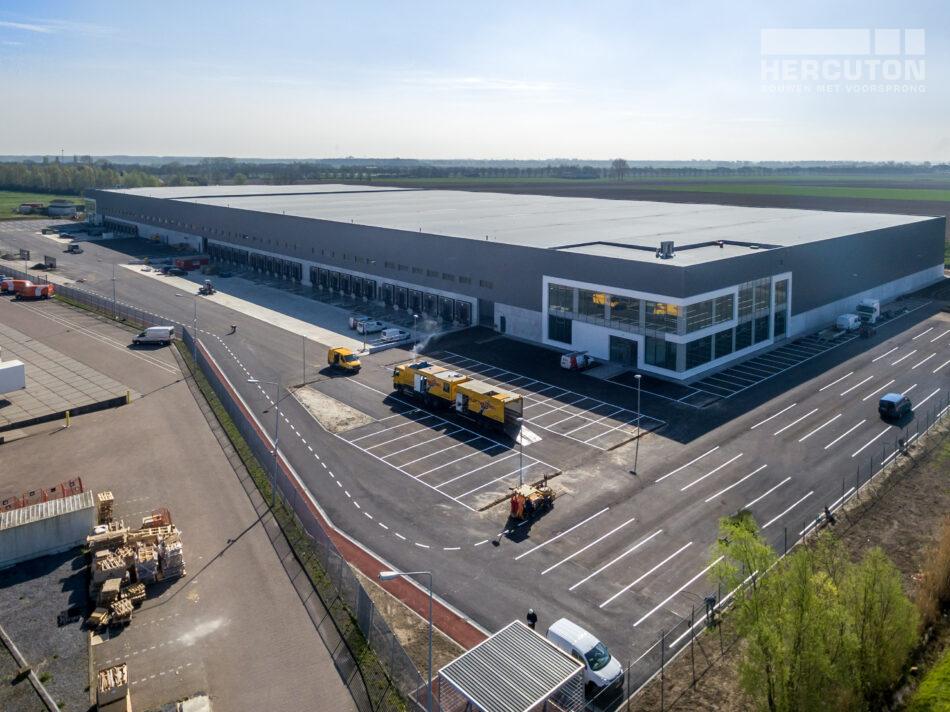 Luchtfoto Nieuwbouw distributiecentrum Dordtse Kil III