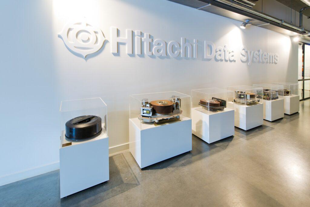 Hercuton realiseerde het state-of-the-art EMEA distributiecentrum met loft kantoor van Hitachi Vantara in Zaltbommel - kantoor