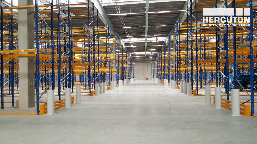 Nieuwbouw distributiecentrum met opslag Inter-Sprint Moerdijk