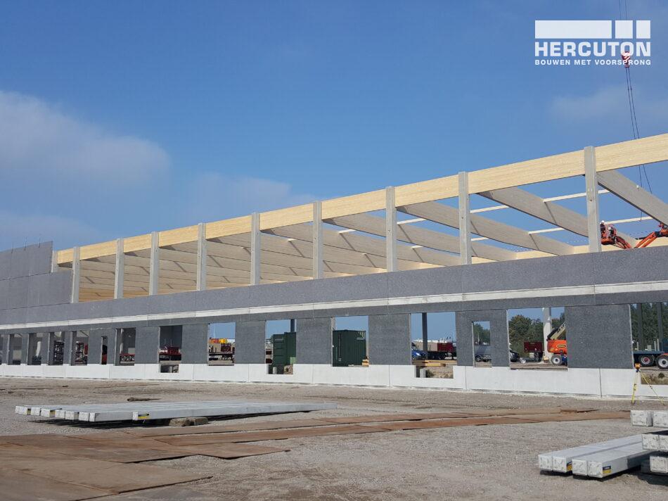 Nieuwbouw distributiecentrum Inter-Sprint Moerdijk in aanbouw